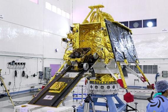 قطع ارتباط کاوشگر هند که قرار بود بر سطح ماه بنشیند | اخبار | شبکه شرکت آراپل